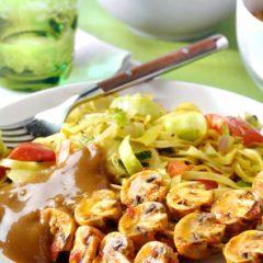 Nasi, bami – bami kruidenmix -, saté en Indische invloeden van de Chinese restaurants